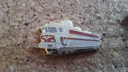1 Pins  Train Sncf 40101 - Pin's & Anstecknadeln