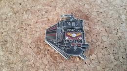 1 Pins  Train Sncf  Cc40102 Acslc - Pin's & Anstecknadeln