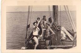 25931 Lot 5 Photos Belgique Anvers Antwerpen ? -bateau Yatch Regate Marin Femme Couple Voilier - Année 40-50 - Bateaux
