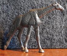 Lessive OMO Série Des Animaux - La Petite Girafe - Couleur Argent - Intact & Complet - - Figurines