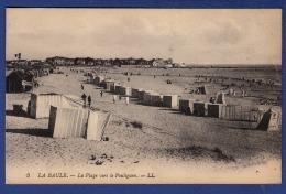 44 LA BAULE-ESCOUBLAC La Plage Vers Le Pouliguen ; Cabines - Animée - La Baule-Escoublac