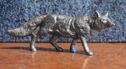 Lessive OMO Série Des Animaux - Le Loup - Couleur Argent - Intact & Complet - - Figurines