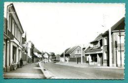 80 ROSIERE En SANTERRE - Rue Jean Jaures - 2 Scans - Cpsm Pf - Non Voyagée - état Bon - Rosieres En Santerre