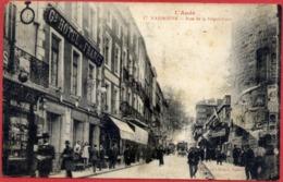 11 NARBONNE - Rue De La République - Très Animée - Narbonne