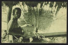 TIMOR PORTUGUÊS -  Como Se Tecem Os Panos De Timor - Timor Orientale