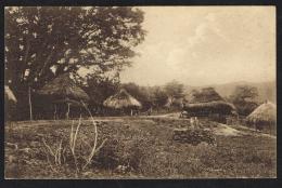 TIMOR PORTUGUÊS -  Uma Povoação Indigena (montanhas) - Timor Oriental