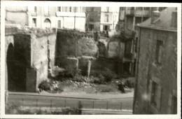 44 - NANTES - PHOTO Collée Sur Bristol - Rue De L´arche Sèche Après Bombardements - - Lieux