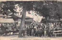 ¤¤  -   SAINT-HILAIR-des-LOGES   -  Les Halles Un Jour De Foire   -  ¤¤ - Saint Hilaire Des Loges