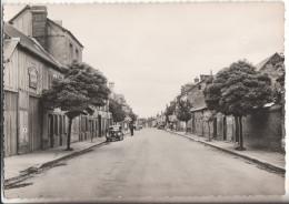27   Le Neubourg  Avenue De La Liberation - Le Neubourg