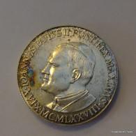 MEDAILLE Non Signée, Jean-Paul II, Datée 1981, Diamètre 2cm - Tokens & Medals