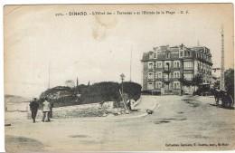 CPA - 35 - DINARD - L'hôtel Des Terrasses Et Entrée De La Plage - 1917 - - Dinard