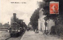 V4882 Cpa 49 Clefs - La Gare - France