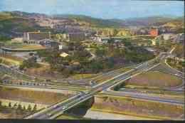 Vista Aerea Del Distribuidor De Trafico En La Autopista Del Este - Used Postcard - Venezuela