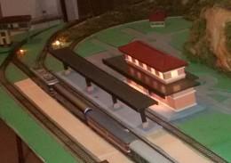 Stazione Con Illuminazione + Pensilina (costruzione Artigianale) - Scenery