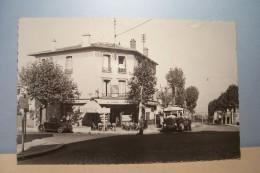 FONTENAY -sous - BOIS   --- TABAC  VINCENT  - Avenue  Victor-Hugo - - ( Bus  )   - ( Pas De Reflet Sur L´original ) - Fontenay Sous Bois