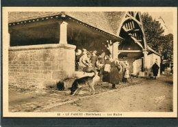 CPA - LE FAOUET - Les Halles, Animé - Le Faouet