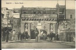 "MALTA , Porta Reale  , 1914 , CPA ANIMEE + Cachet  Au Dos "" MARINE FRANCAISE , SERVICE A LA MER "" - Malta"