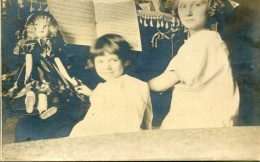 JOUET(POUPEE) ENFANT(PIANO) - Jeux Et Jouets