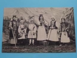 Gebuurte VOORMUIDE Kinderstoet - De Nationale Klederdrachten ( ROUMANIE / SERVIE ) 1912 ( Zie Foto´s Voor Detail ) - Roumanie