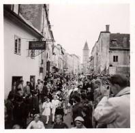 Photo Originale Guerre 39-45 - Armoire & Penderie D'un Soldat Allemand Rangée à La Perfection, Uniforme Et Chambrée - Guerre, Militaire