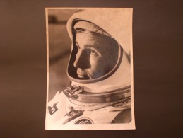 PHOTOGRAPH OF ORIGINAL APOLLO 1 ASTRONAUT EDWARD WHITE ORIGINAL VINTAGE PHOTOGRAPHY - Personalità