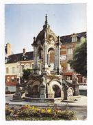 76 Saint St Saens N°39 Le Fontaine Dillard En 1970 Hôtel De La Poste Peugeot 404 - Saint Saens