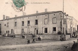 Les Essarts : La Gendarmerie Et La Place - Les Essarts