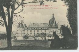 MESNIERES - Le Château - Cour Supérieure Et Chapelle - Mesnières-en-Bray