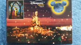 CPM DISNEY EURODISNEY FANTASYLAND MICKEY LE CHATEAU DE LA BELLE AU BOIS DORMANT CARTE A TROU - Disneyland