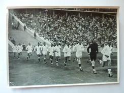 OLYMPIA 1936 - Band II - Bild Nr 147 Gruppe 59 - Equipe De Handball D'Allemagne Pour La Finale - Sports