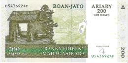 Madagascar - Pick 87b - 200 Ariary 2004 - Unc - Madagascar