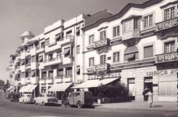 CASTELO BRANCO Rua Sidonio Pais (com Café Avis + Farmacia). Vintage Photo Postcard Portugal - Castelo Branco