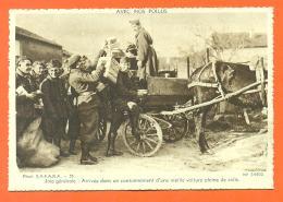 """Avec Nos Poilus """" Arrivée Dans Un Cantonnement D'une Vieille Voiture Pleine De Colis """" CPSM GF - War 1914-18"""