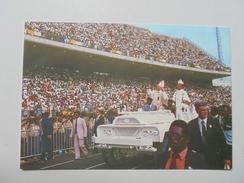 C PP SEMI MODERNE 15X10.3 SOUVENIR DE LA VISITE DE S.S LE PAPE JEAN PAUL II A LIBREVILLE EN 1982 CIRCULEE NON - Gabón