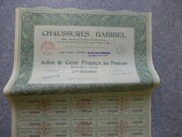 CHAUSSURES GABRIEL,   LYON, Lot De  6 Actions De 100 F  1928 ; Ref  G 1 - Shareholdings