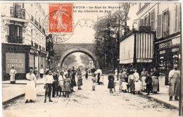 COURBEVOIE - La Rue De Bezons Et Du Chemin De Fer  - Société Générale - Patisserie  (92264) - Courbevoie