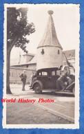 Photo Ancienne - RIBEAUVILLé ( Bas Rhin ) - Belle Automobile - Vieille Tour & Nid De Cigogne - 19 Mai 1937 - Alsace - Cars