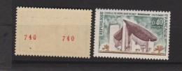 N°1435 Avec 2 Numéros Rouges - Variétés Et Curiosités