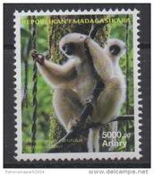 Madagascar Madagaskar 2014 / 2015 Mi. 2685 Faune Fauna Lemur Lémurien Propithecus Candidus MNH **
