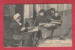 Brugge - Kantwerksten In De Oude Brugsche Straten - 1913 ( Verso Zien ) - Brugge