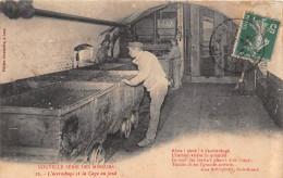 ¤¤  -  16  -  Mineurs  -  L´Accrochage Et La Cage Au Fond    -  Mine , Métier   -   ¤¤ - Mines