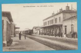 CPA - Chemin De Fer Arrivée Du Train En Gare LES ARCS 83 - Les Arcs