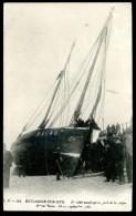 Cpa Du 62  Boulogne Sur Mer -  Naufragé Au Pied De La Digue Sainte Beuve 10-11 Septembre 1903   JIP24ter - Boulogne Sur Mer