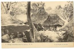 S5323  - 4 - Village Dahoméen Dans Les Rochers - Dahomey