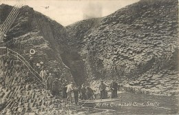 STAFFA AT THE CLAMSHELL CAVE ECOSSE ROYAUME UNI SCOTLAND UNITED KINGDOM - Angus