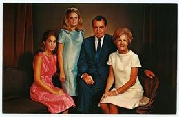 AMERICA'S FIRST FAMILY : PRESIDENT RICHARD M. NIXON AND MRS NIXON.... - People