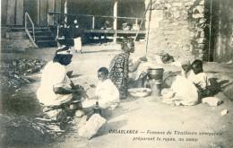 Mitaria -  Casablanca - Femmes De Tirailleurs Sénégalais Préparant Le Repas  Au Camp - Casablanca