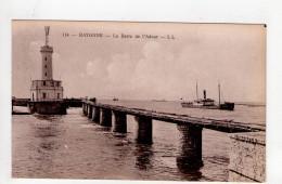 CPA -A2515-BAYONNE BARRE DE LA DOUR DIGUE PHARE - Bayonne