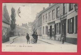 Mouscron - Rue De La Station - Jolie Carte Animée - 1906 ( Voir Verso ) - Moeskroen