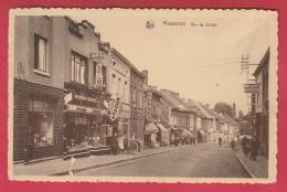 Mouscron - Rue Du Christ -Boutique Du Vendeur D´Electro.Ppub :S.B.R., Radiola, Kodak  - 195? ( Voir Verso ) - Moeskroen